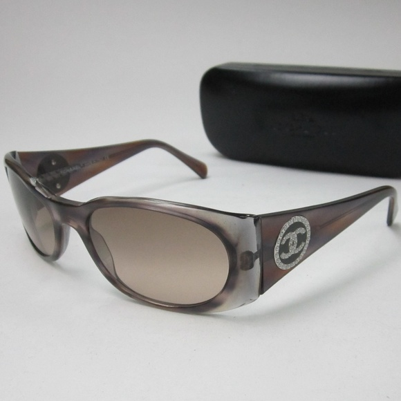 5126afb4a641 Chanel 5082H 823 13 Womens Sunglasses Italy OLL826